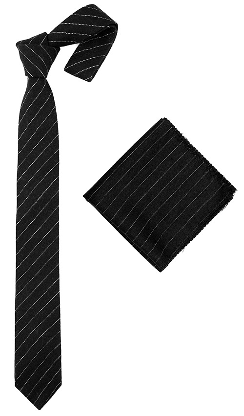 Jeeves tie and pocket square set